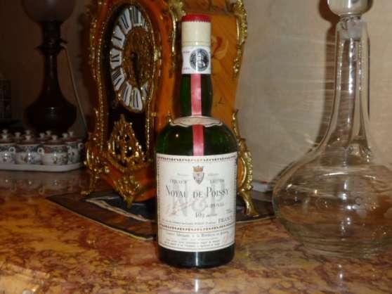 Liqueur Noyau de Poissy