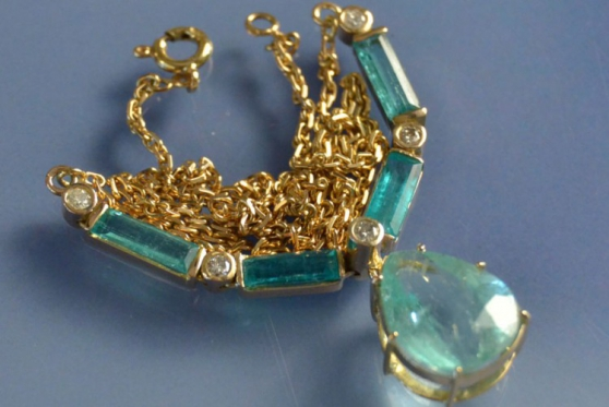 Annonce occasion, vente ou achat 'Collier or émeraudes et diamants années'