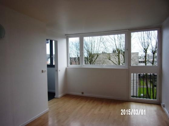 Annonce occasion, vente ou achat 'Part. loue appartement 41m² 600€'