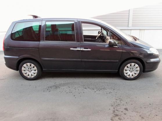 Peugeot 807 2.0 HDI 120 CV exécutif 8 Pl