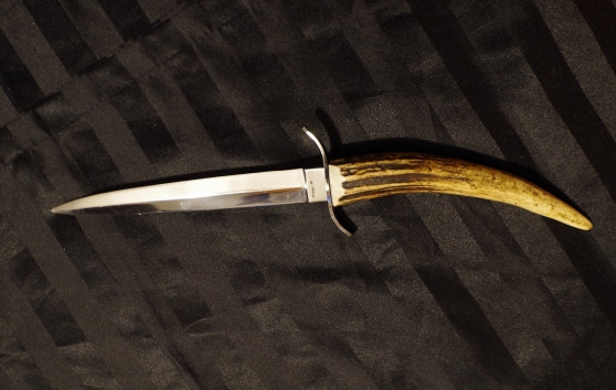 couteau dague en corne de cerf années 60 - Annonce gratuite marche.fr