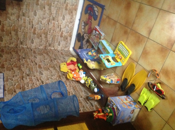 divers jeux jouets livres