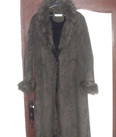 manteau balmain trés peu porté