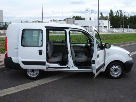 voitures renault kangoo occasion montpellier france. Black Bedroom Furniture Sets. Home Design Ideas