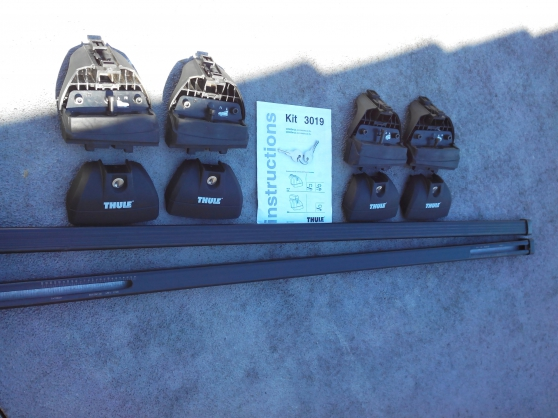vend barres de toit thule avec accesoire - Annonce gratuite marche.fr