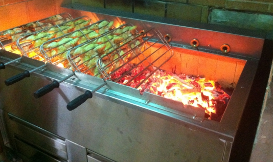 Barbecue roitissoire charbon de bois