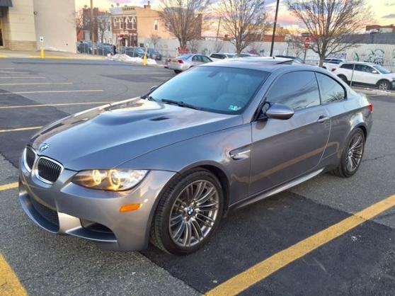 2008 BMW M3 Couleur: gris métallisé