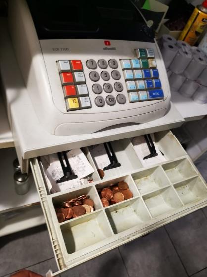 caisse enregistreuse ECR 7100 Olivetti