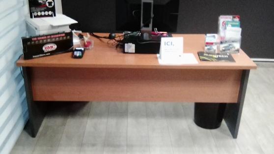 BUREAU/TABLE D'ACCUEIL 180X80CM