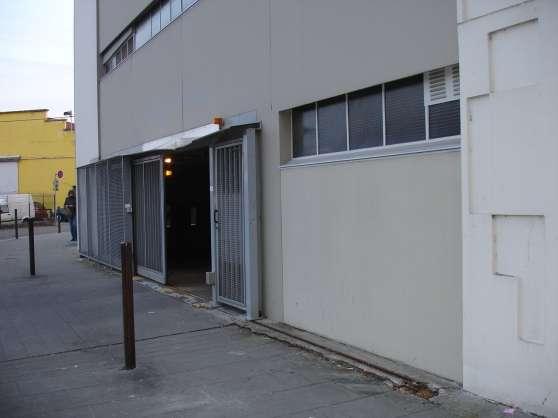 grenoble parking couvert rue e delacroix grenoble immobilier a vendre parking box garage. Black Bedroom Furniture Sets. Home Design Ideas