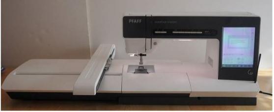 Machine à coudre et Brod PFAFF CREATIV V