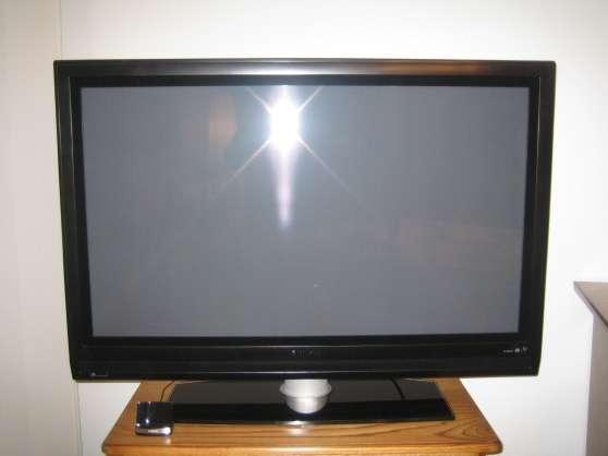 Philips Flat TV 32PFL7782D 107cm LCD HD