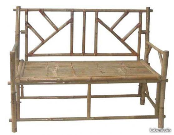 Table carrée, banc et chaise en bambou - Photo 3