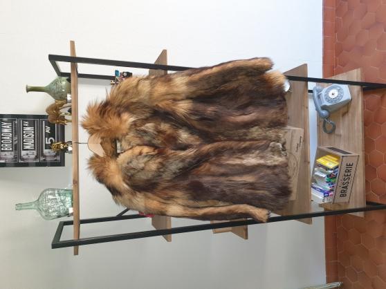 Annonce occasion, vente ou achat 'manteau de fourrure en renard vintage'