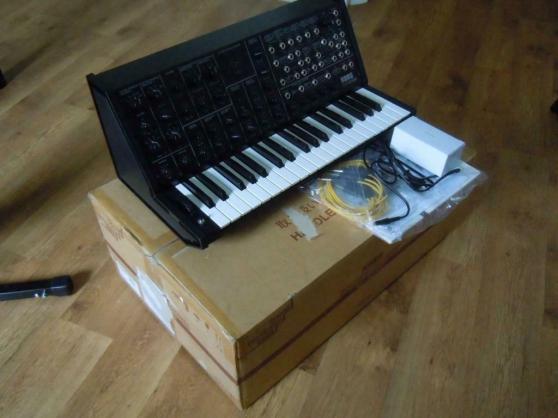 KORG MS-20 Synthétiseur analogique