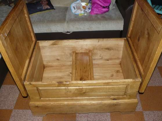 Table basse bar en ch ne massif urgent lisieux meubles for Table basse en chene massif