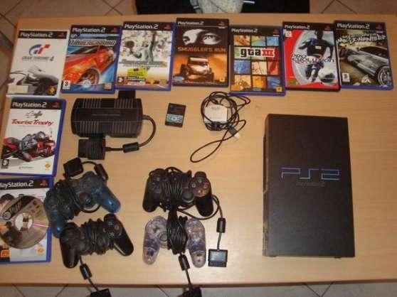 PlayStation 2 + 9 jeux + manettes + camé