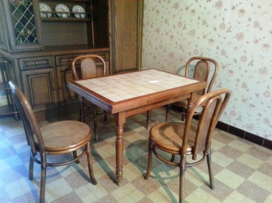 Ensemble de meubles en bois et rotin