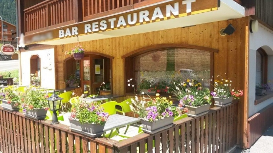 Bar Restaurant Licence IV