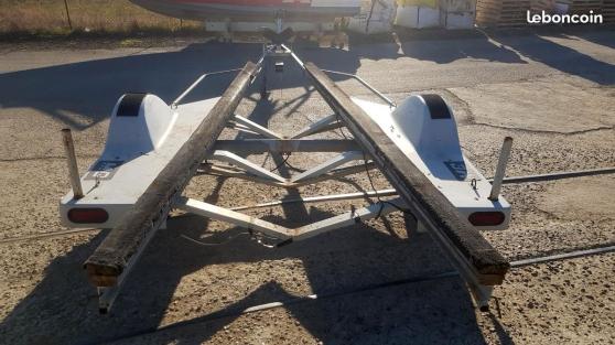 Remorque bateau moteur 6 x 2,05 m