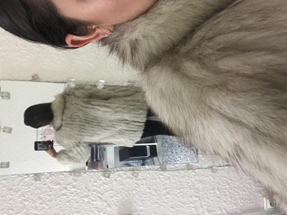 Vend manteau en fourrure - Photo 4
