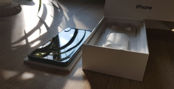 Annonce occasion, vente ou achat 'Iphone XS MAX 256gb'