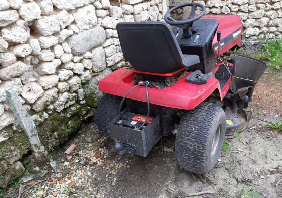 Annonce occasion, vente ou achat 'Tracteur tondeuse 15.5ch'