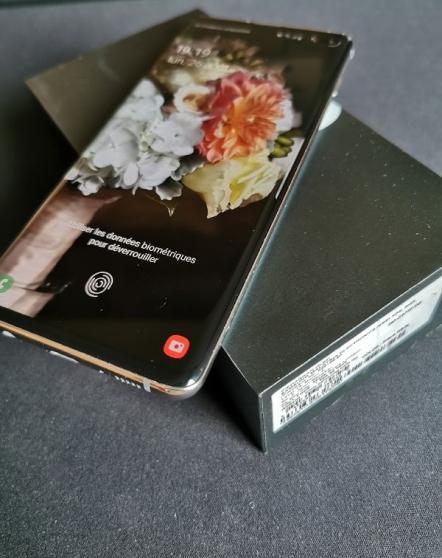 Annonce occasion, vente ou achat 'Samsung Galaxy S10+'