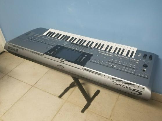 Yamaha Tyros 5 Clavier Synthétiseur