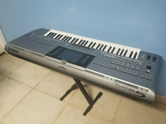 Annonce occasion, vente ou achat 'Yamaha Tyros 5 Clavier Synthétiseur'