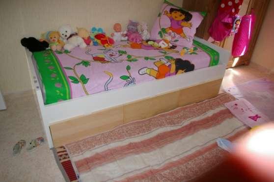 Petite Annonce : Lit pour enfant - Vend Lit enfant une place de chez IKEA 90*190 avec 3 grands
