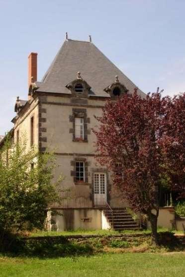 Maison auvergne immobilier a vendre maisons clermont - Petit jardin tropical clermont ferrand ...