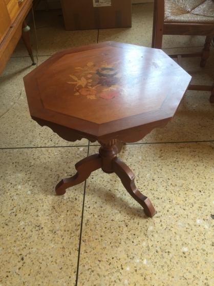 TABLE GUERIDON MARQUETERIE