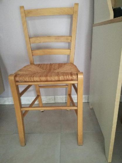 4 chaises en bois avec assise paille - Annonce gratuite marche.fr
