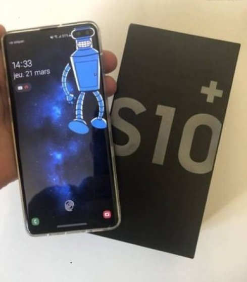 Samsung Galaxy s10+ comme neuf