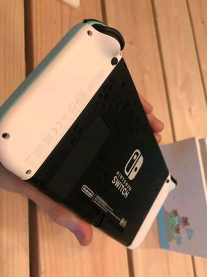 Je vends la console Nintendo Switch - Photo 2