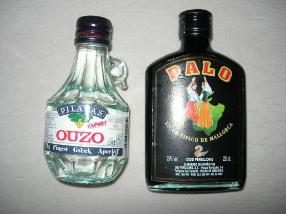 Liqueur de Majorque et carafe d'ouzo