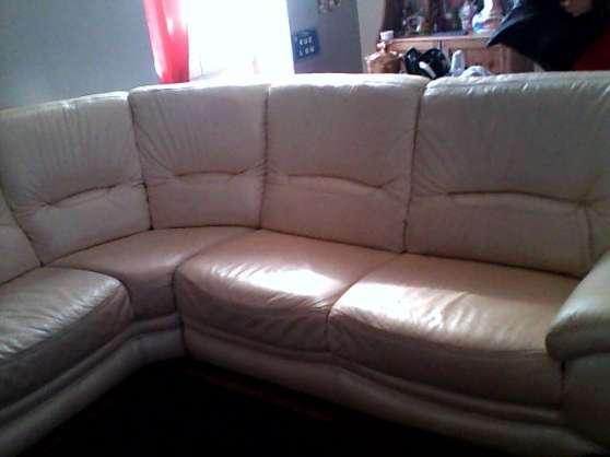 Annonce occasion, vente ou achat 'troc canapé d\'angle en cuir beige'