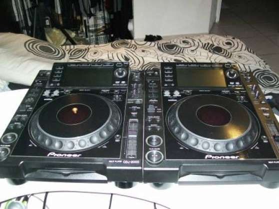 Annonce occasion, vente ou achat '2 platines pioneer cdj2000'