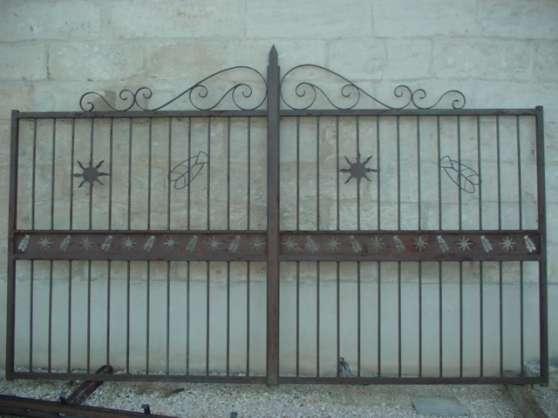 Portail fer artisanal mod le cigale graveson jardin for Petit portail fer
