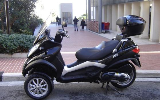 Scooter Piaggio MP 3 - 500