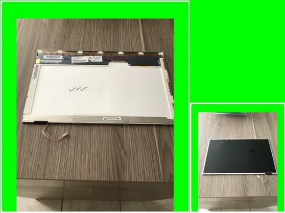 Petite Annonce : Dalle fujitsu amilo pi2540 de 15,4 pouce - Vend Dalle d\'occasion pour Fujitsu Amilo Pi2540 de 15,4 pouces en