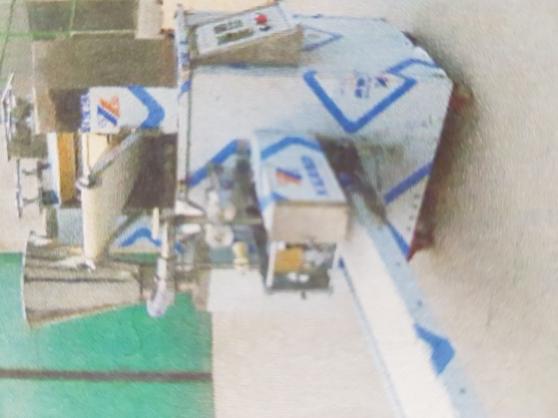 Plieuse assembleuse à Samoussas. - Photo 2