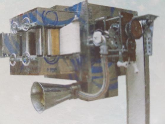 Plieuse assembleuse à Samoussas. - Photo 3