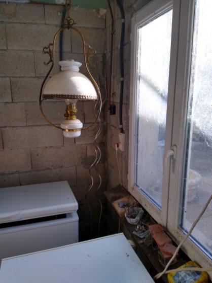 Suspension ancienne lampe a pétrole XIXe