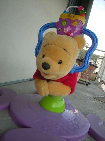 Winnie l'ourson musical-sauteur JOUETS -