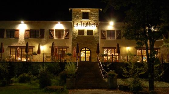 Petite Annonce : Reveillon dans le lot - Hotel La Truffiere, Gignac, propose un forfait de 3 jours en
