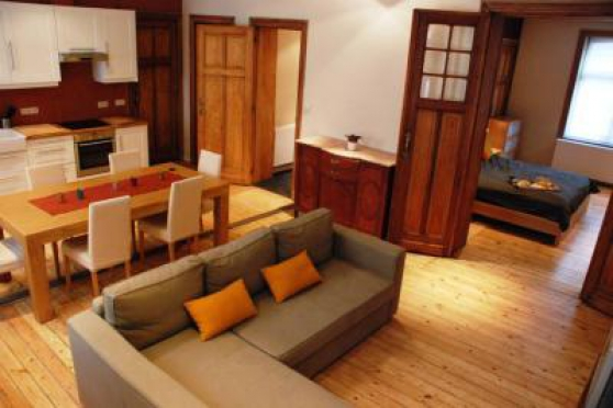 Appartement de classe vaste et très luci