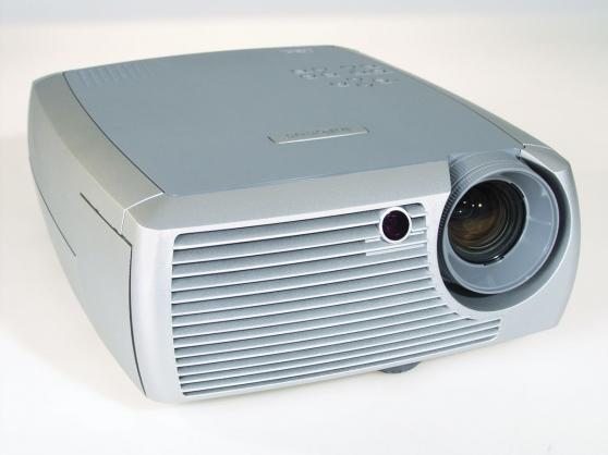 video-projecteur+suport+ecran