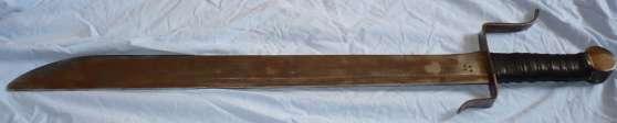 Epée artisanale